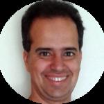 Sandro Alves autor da materia variaçõoes do pilates.