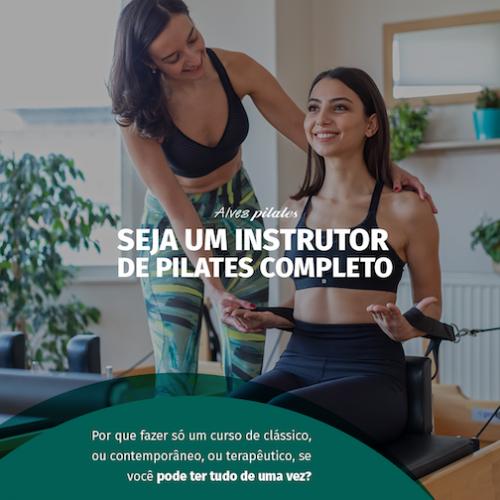 Professora e aluna em curso de formação em pilates